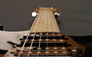 Как выбрать гитару новичку?