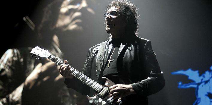 Тони Айомми с его гитарой